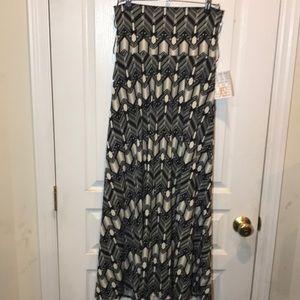 NWT LuLaRoe Maxi Skirt - XS